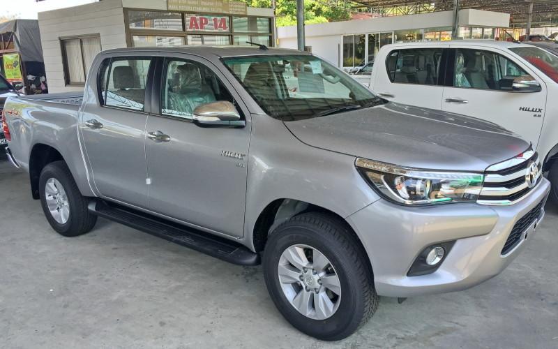 Revo Minor Change 2018 >> Toyota Hilux Vigo Dealer 2018 Toyota Hilux Revo Rocco | Upcomingcarshq.com